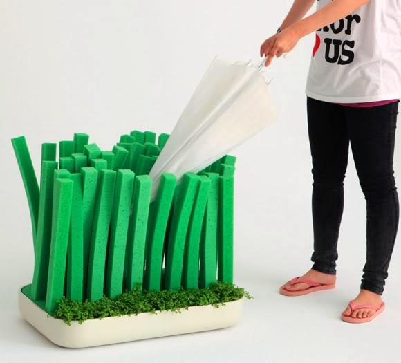 porta-guarda-chuvas lawn_for_rain Designers Cun-Min Zheng, Yan-Zhen Li e Xin-Yu